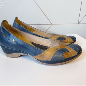 Pikolinos Coimbra Leather Low Heels